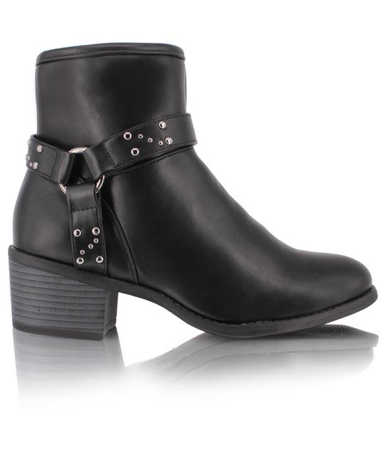 MODASCAPA Ankle Boots - Black