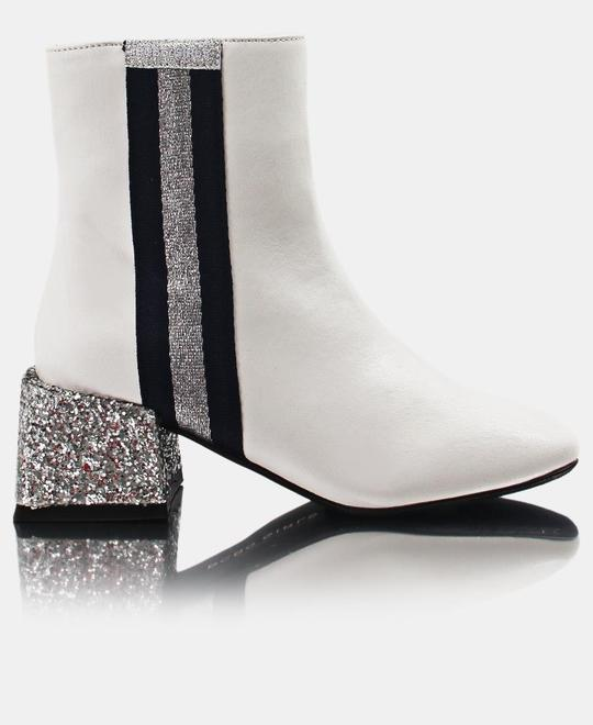 URBAN STYLE Ladies Ankle Boots - White